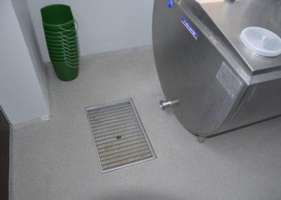 Fugenfrei und Gefaelle mit Abfluss www.floorex.at